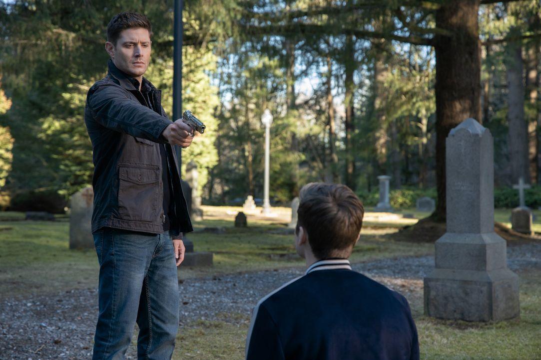 Dean Winchester (Jensen Ackles, l.); Jack (Alexander Calvert, r.) - Bildquelle: LEONINE Studios