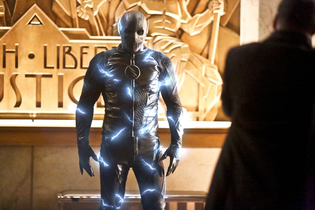 Hunter Zolomon alias Zoom (Teddy Sears) kehrt nach Central City zurück, um die Stadt einzunehmen ... - Bildquelle: Warner Bros. Entertainment, Inc.