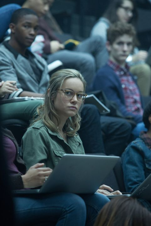 Die clevere Studentin Amy (Brie Larson) verliebt sich in ihren Professor Bennett, nichtsahnend welche tiefen Abgründe sich hinter seiner Fassade ver... - Bildquelle: Claire Folger 2016 Paramount Pictures
