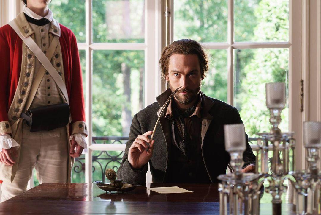 Nach und nach wird Crane (Tom Mison) bewusst, worauf der Flüstergeist aus ist - auf Geheimnisse ... - Bildquelle: 2015-2016 Fox and its related entities.  All rights reserved.