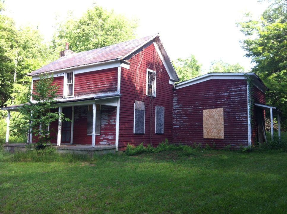 Mark und die Jungs reisen in das Herz von West Virginia, um unglaublich seltene 170-jährige Balken aus einem Blockhaus zu retten ... - Bildquelle: 2015, DIY Network/Scripps Networks, LLC. All Rights Reserved.