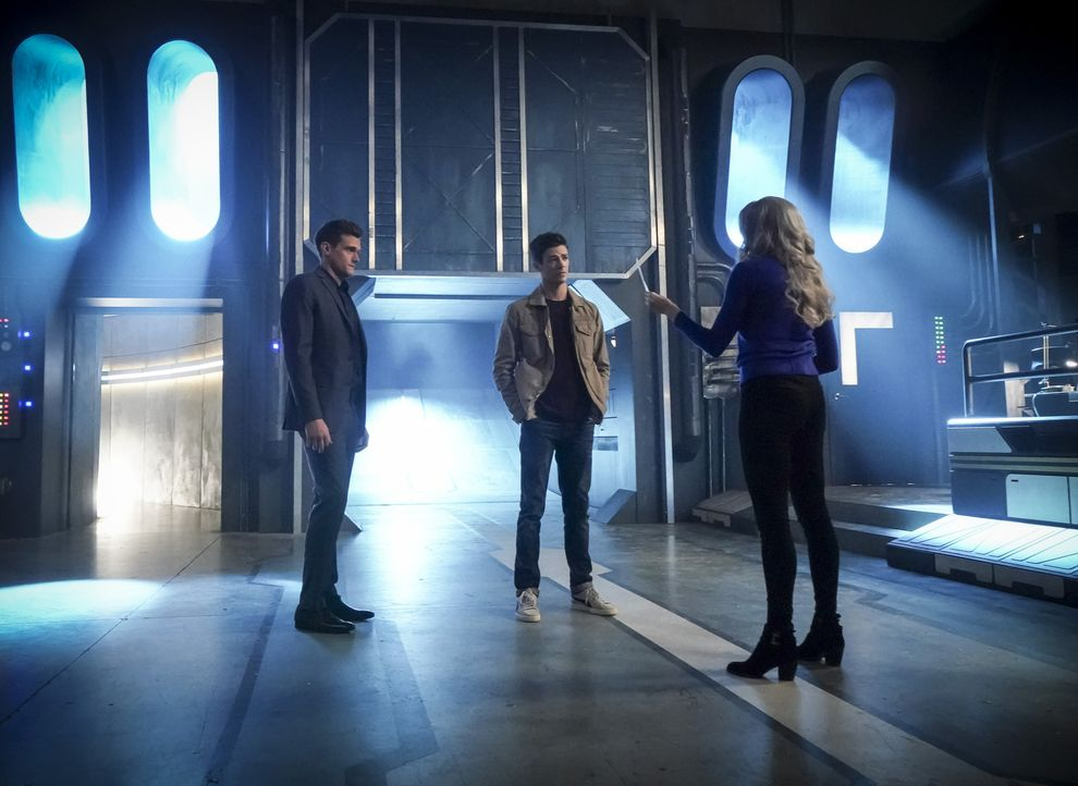 (v.l.n.r.) Ralph (Hartley Sawyer); Barry (Grant Gustin); Caitlin alias Killer Frost (Danielle Panabaker) - Bildquelle: Shane Harvey 2018 The CW Network, LLC. All rights reserved.