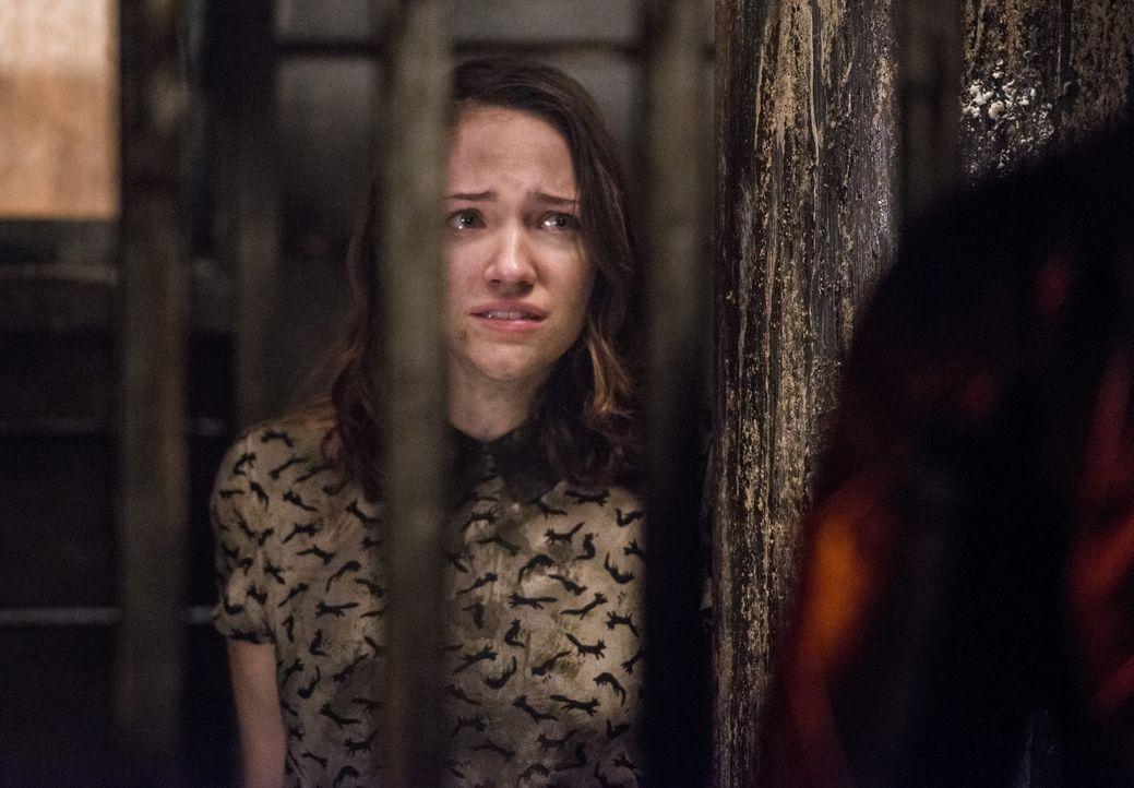 Kann Dr. Wells seine Tochter Jessica (Violett Beane) endlich lebend in die Arme schließen? - Bildquelle: Warner Bros. Entertainment, Inc.