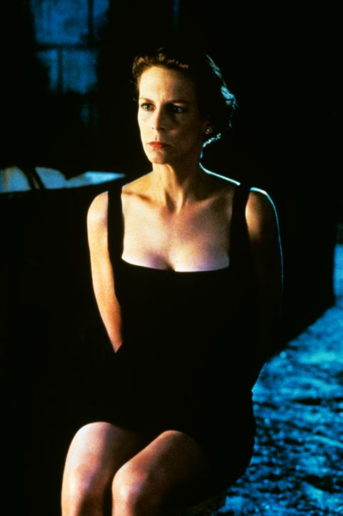 Als sich Harrys Frau Helen Tasker (Jamie Lee Curtis) nach mehr Abwechselung im Alltagstrott sehnt, wird sie prompt entführt ... - Bildquelle: 1994 Twentieth Century Fox Film Corporation.  All rights reserved.