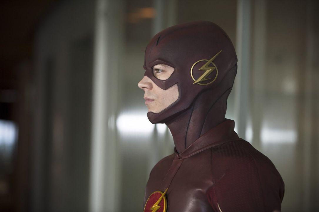 Barry alias The Flash (Grant Gustin) genießt es mit Joe und Eddie zusammen zu arbeiten, bis plötzlich ein Meta-Wesen für Unruhen sorgt ... - Bildquelle: Warner Brothers.