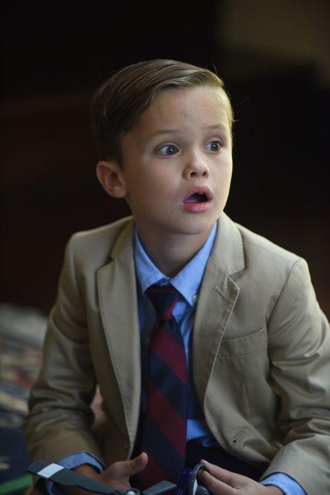 Ben (Jack Stanton) ist ganz schön überrascht, als er zum Direktor muss, nachdem er in den Schulbus uriniert hat ... - Bildquelle: 2017 Fox and its related entities. All rights reserved.
