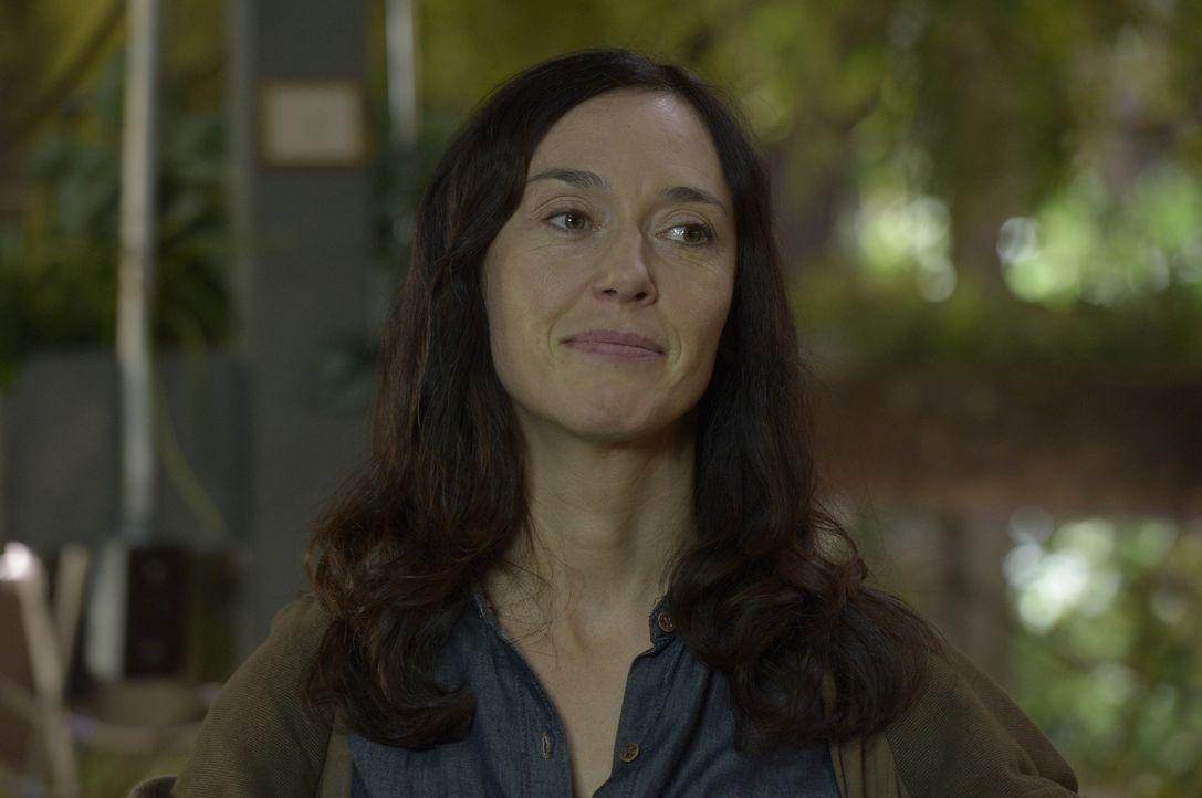 Während Schwester Anne (Severn Thompson) alles daran setzt, dass Peter Michael immer ähnlicher wird, ist Julia geschockt, als sie erkennt, was aus d... - Bildquelle: Philippe Bosse 2014 Syfy Media, LLC