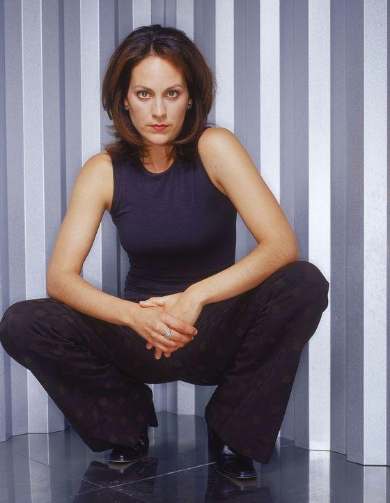 (9. Staffel) - Agent Monica Reyes' (Annabeth Gish) Fachgebiete sind Sekten und Okkultes. Im Laufe der Jahre hat sie ein Gespür für Übersinnliches er... - Bildquelle: TM +   Twentieth Century Fox Film Corporation. All Rights Reserved.