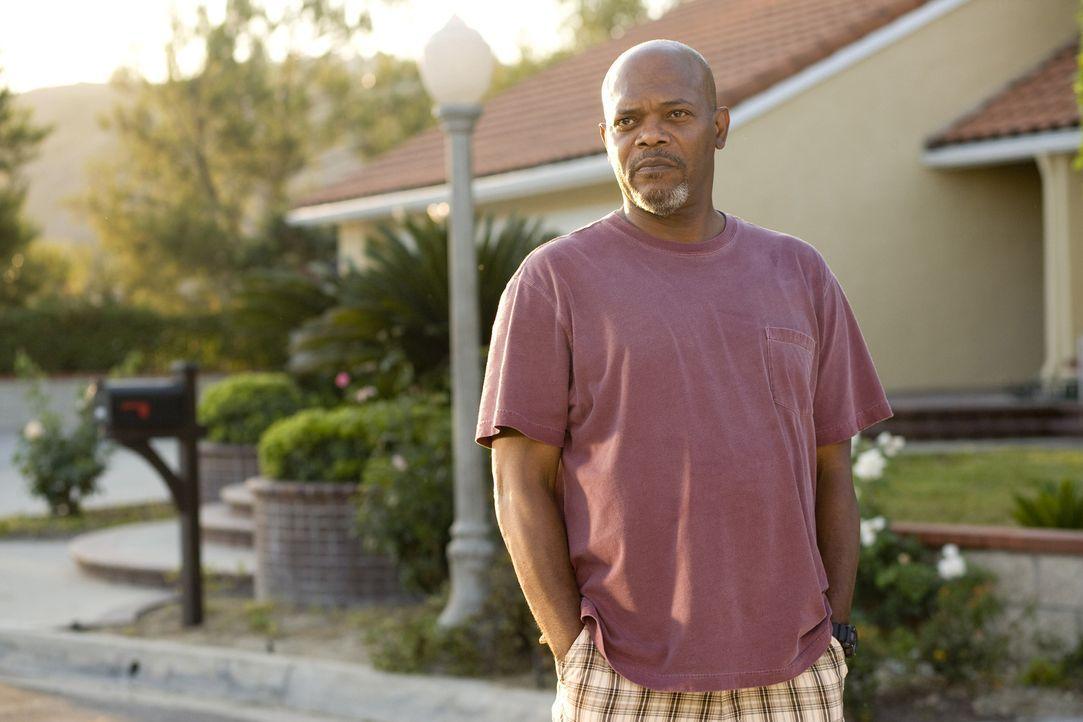 Der angesehene verwitwete Polizist Abel Turner (Samuel L. Jackson) kann keine Unordnung hinnehmen, das gilt auch für gemischtrassige Beziehungen ... - Bildquelle: 2007 Screen Gems, Inc. All Rights Reserved.