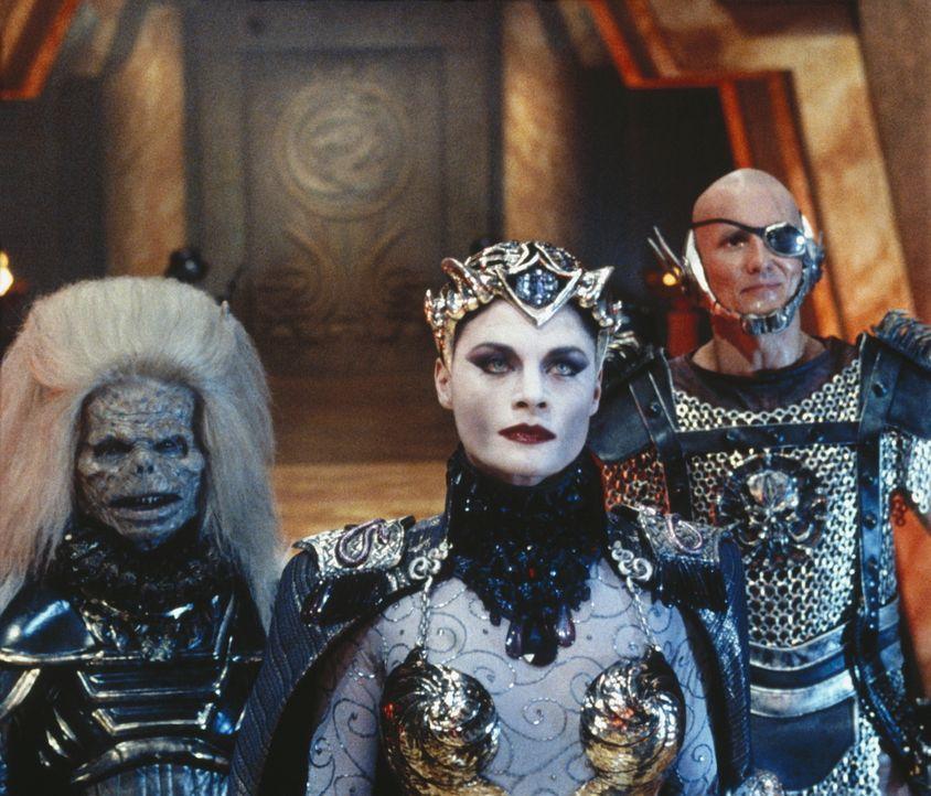 Als Skeletor herausfindet, dass der zweite kosmische Schlüssel sich auf der Erde befindet, schickt er sofort seine Schergen, die böse Evil-Lin (Meg... - Bildquelle: CANNON FILMS INC. AND CANNON INTERNATIONAL B. V