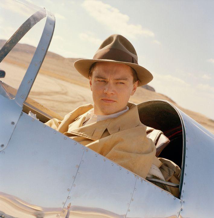 Während sein Reichtum stetig zunimmt, treten bei ihm zugleich psychische Probleme immer mehr in den Vordergrund: Howard Hughes (Leonardo DiCaprio) .... - Bildquelle: Miramax International