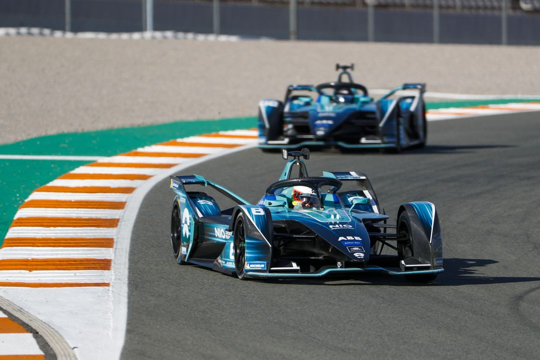 ran racing: Formel E - WM live aus Saudi-Arabien - Countdown - Bildquelle: Sam Bloxham Courtesy of Formula E / Sam Bloxham