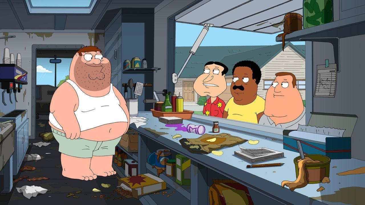 Seit ihn Lois zu Hause rausgeworfen hat, lebt Peter in seinem Foodtruck, doch mit der Zeit merken selbst seine Freunde (v.r.n.l.) Joe, Quagmire und... - Bildquelle: 2016-2017 Fox and its related entities. All rights reserved.