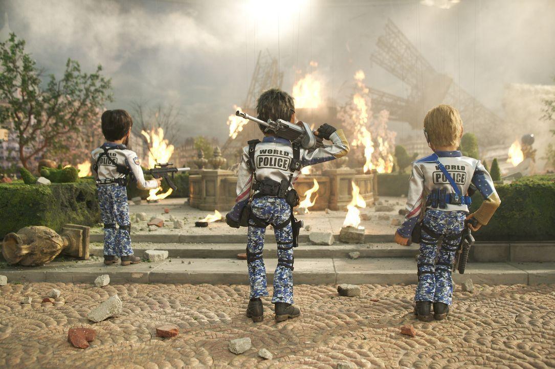 Das Team America Elitekommando kann in letzter Sekunde Paris vor dem Anschlag moslemischer Terroristen bewahren, jedoch bleiben nach der Aktion der... - Bildquelle: Paramount Pictures