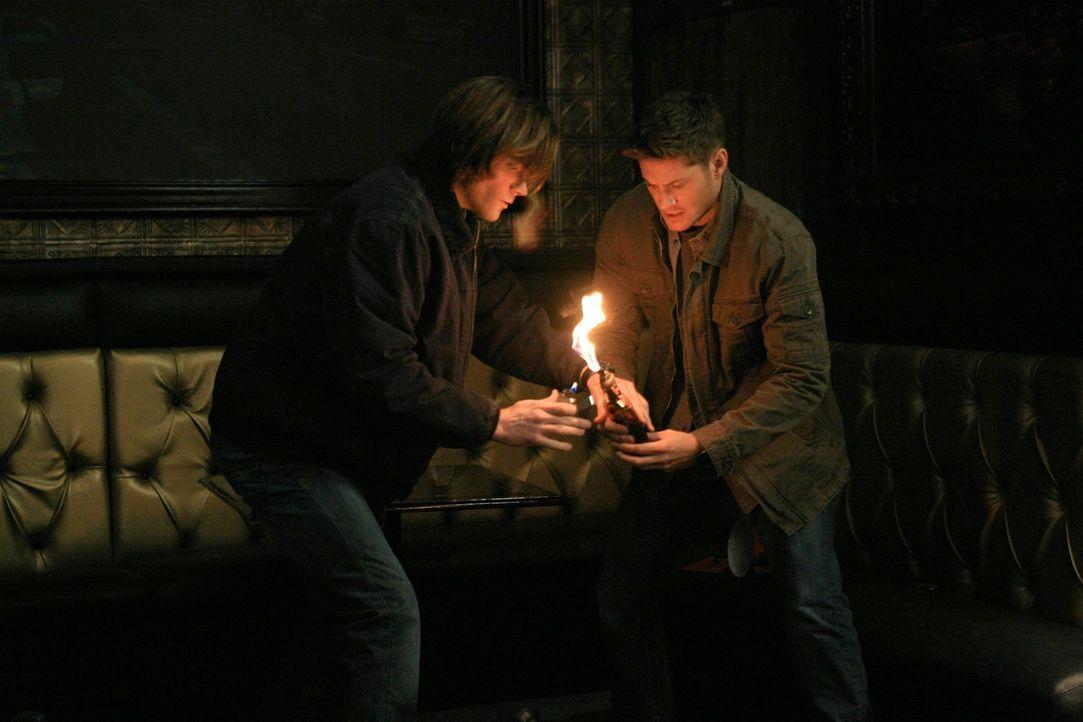 Wie groß ist das Vertrauen zwischen Sam (Jared Padalecki, l.) und Dean (Jensen Ackles, r.)? - Bildquelle: Warner Bros. Television