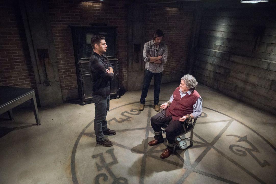 (v.l.n.r.) Dean (Jensen Ackles); Sam (Jared Padalecki); Donatello (Keith Szarabajka) - Bildquelle: Dean Buscher 2018 The CW Network, LLC. All Rights Reserved / Dean Buscher