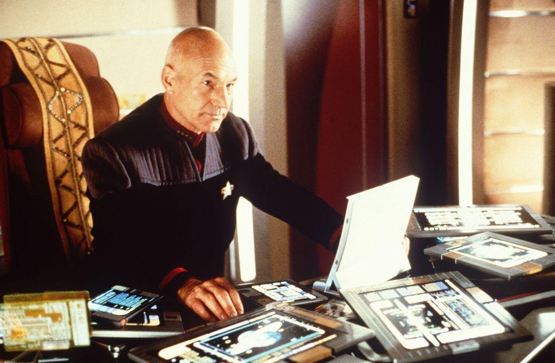 Picard (Patrick Stewart) sieht sich gezwungen, sein Kommando niederzulegen und sich einer galaktischen Widerstandsbewegung anzuschließen ... - Bildquelle: Paramount Pictures