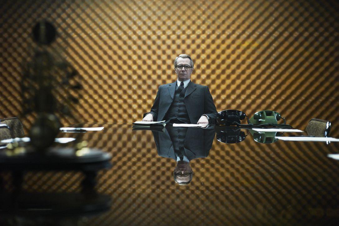 Kann keinem vertrauen: George Smiley (Gary Oldman) ... - Bildquelle: Studiocanal GmbH