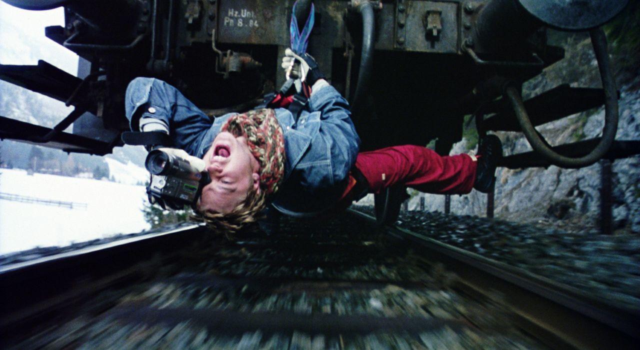 Um einen Werbe-Clip zu drehen, gerät Will (Devon Sawa) unter die Räder ... - Bildquelle: TM & Copyright   2002 by Paramount Pictures. All Rights Reserved.
