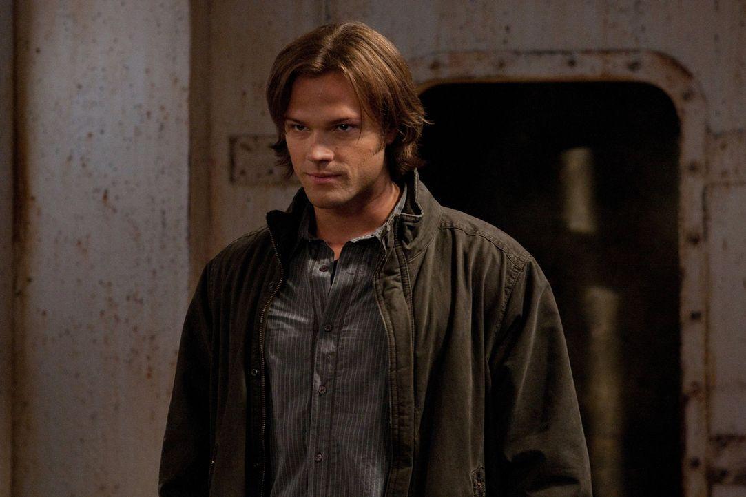 Sam (Jared Padalecki) folgt einem Mörder und merkt schnell, dass er Deans Hilfe braucht ... - Bildquelle: Warner Bros. Television