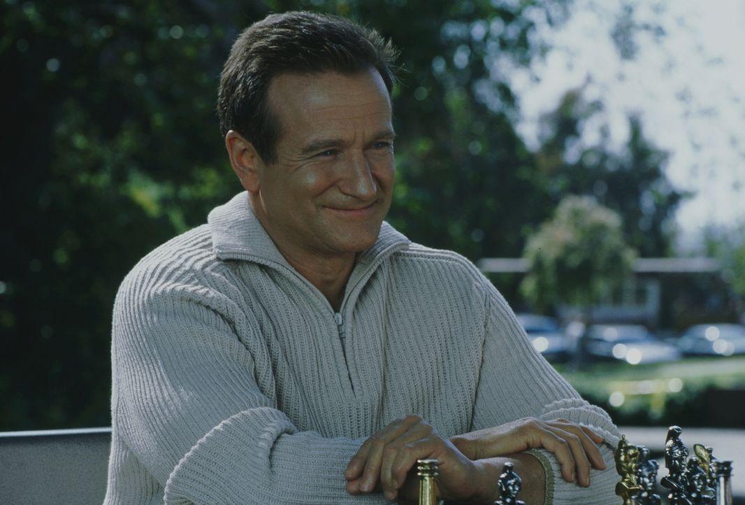 Sein Traum ist wahr geworden: Roboter Andrew (Robin Williams) sieht aus wie ein ganz normaler Mensch ... - Bildquelle: Columbia TriStar Film GmbH