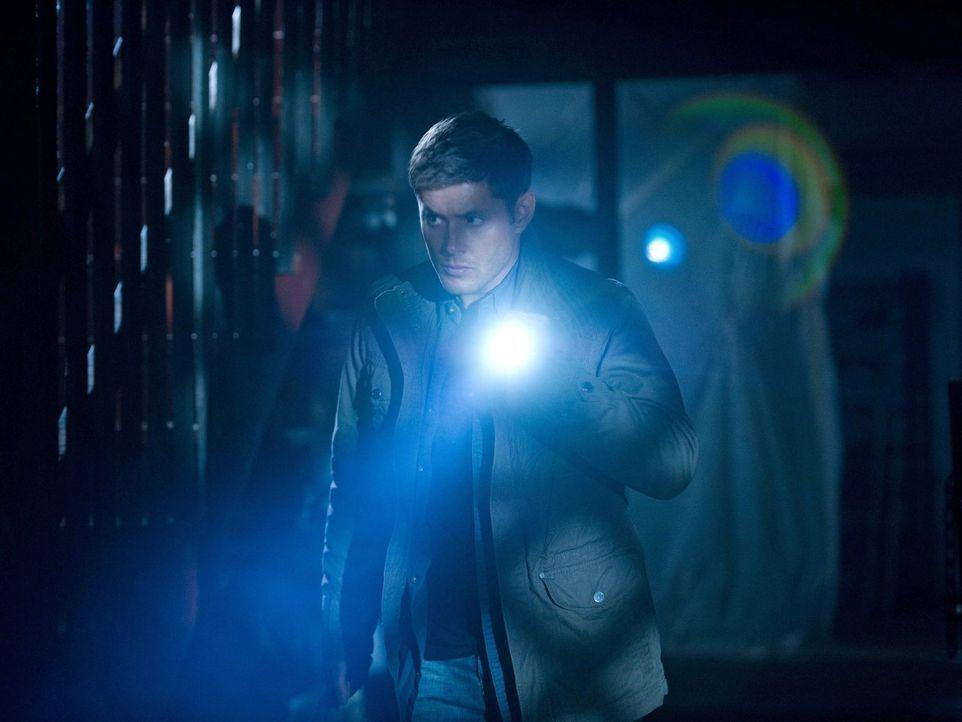 Ist es wirklich eine gute Idee von Dean (Jensen Ackles), dass er mit einem Vampir auf Vampirjagd geht? - Bildquelle: Warner Bros. Television