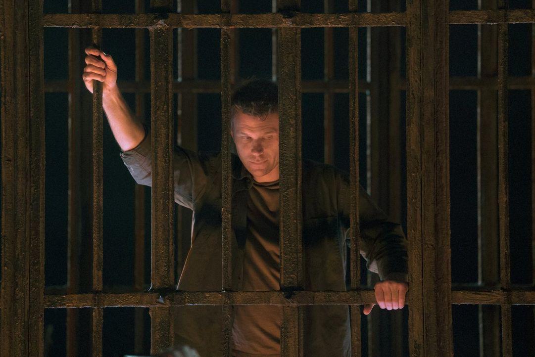 Wird es Sam, Dean, Rowena und Crowley wirklich gelingen, alle nötigen Informationen über die Bekämpfung der Finsternis von Lucifer (Mark Pellegrino)... - Bildquelle: 2014 Warner Brothers