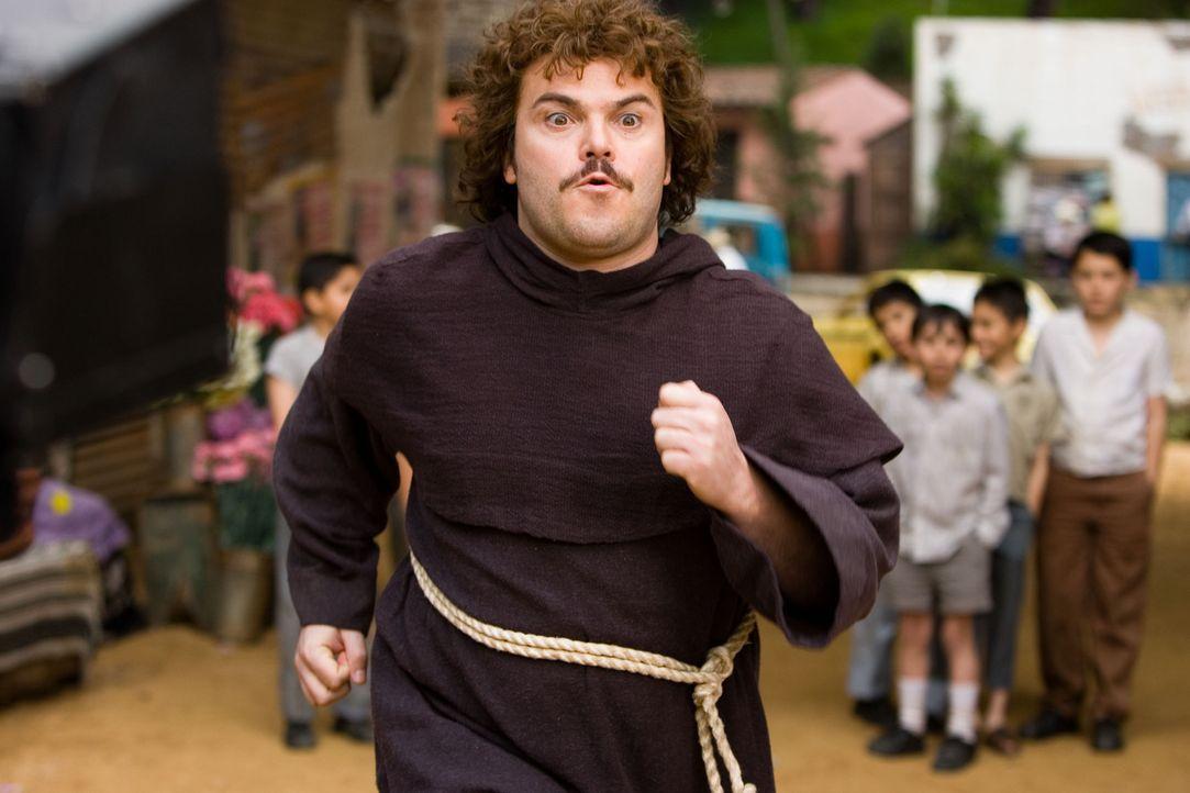 Der dicke Mönch Ignacio (Jack Black) entschließt sich, ein professioneller Wrestler zu werden, um damit seinen armen Waisenkindern zu helfen. Natürl... - Bildquelle: Paramount Pictures