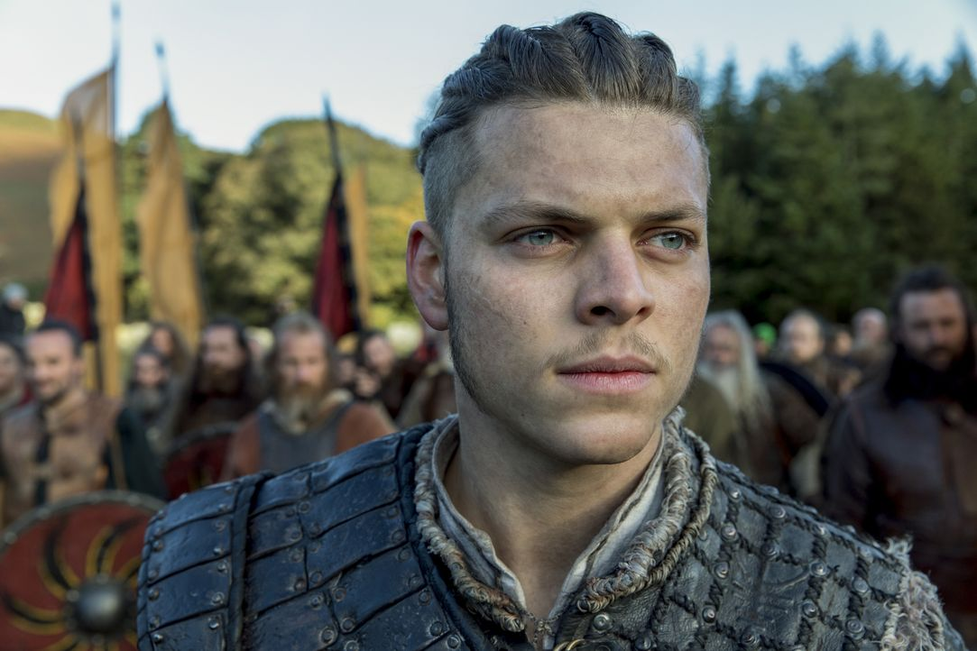 Getrieben vom Rachegedanken schreckt Ivar (Alex Høgh Andersen) vor nichts und niemandem zurück ... - Bildquelle: 2017 TM PRODUCTIONS LIMITED / T5 VIKINGS III PRODUCTIONS INC. ALL RIGHTS RESERVED.