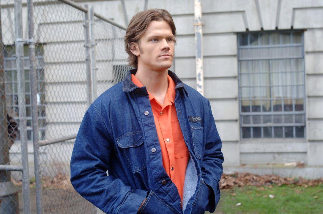 Versucht gemeinsam mit seinem Bruder, einen mordenden Geist in einer Strafanstalt aufzuspüren. Doch das ist kein einfaches Unterfangen: Sam (Jared P... - Bildquelle: Warner Bros. Television