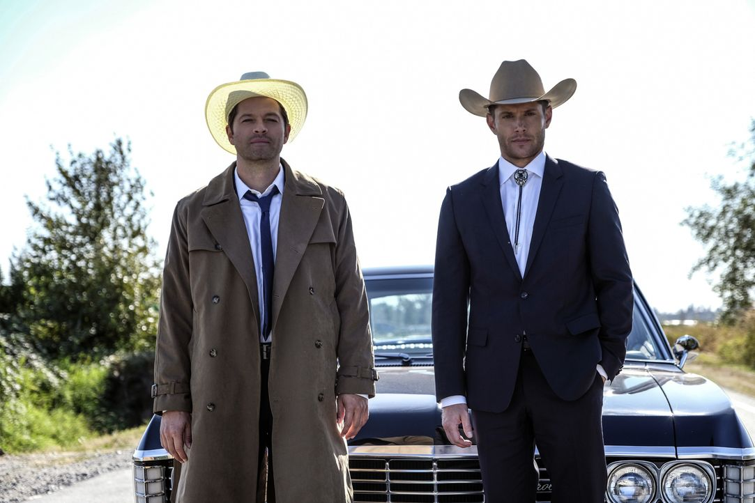 Castiel (Misha Collins); Dean Winchester (Jensen Ackles) - Bildquelle: Bettina Strauss 2017 The CW Network, LLC. All Rights Reserved / Bettina Strauss