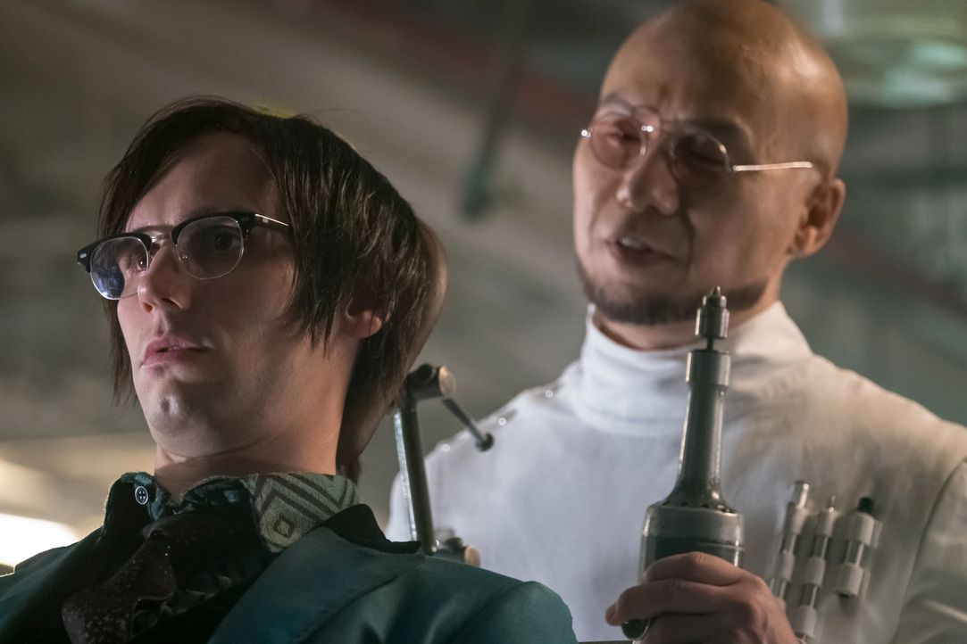 Edward Nygma (Cory Michael Smith, l.); Hugo Strange (B.D. Wong, r.) - Bildquelle: Jeff Neumann 2018 Fox Broadcasting Co. / Jeff Neumann