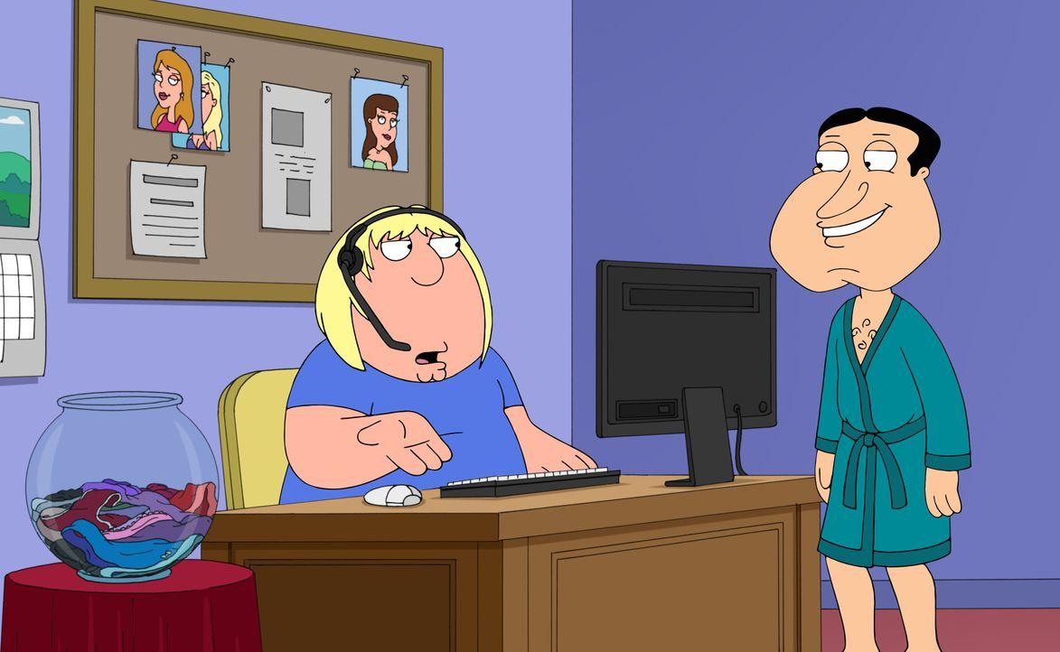 Nachdem Peter und Lois der Meinung sind, Chris solle endlich sein eigenes Taschengeld verdienen, besorgen Sie ihm einen Job als persönlicher Assiste... - Bildquelle: 2016-2017 Fox and its related entities. All rights reserved.
