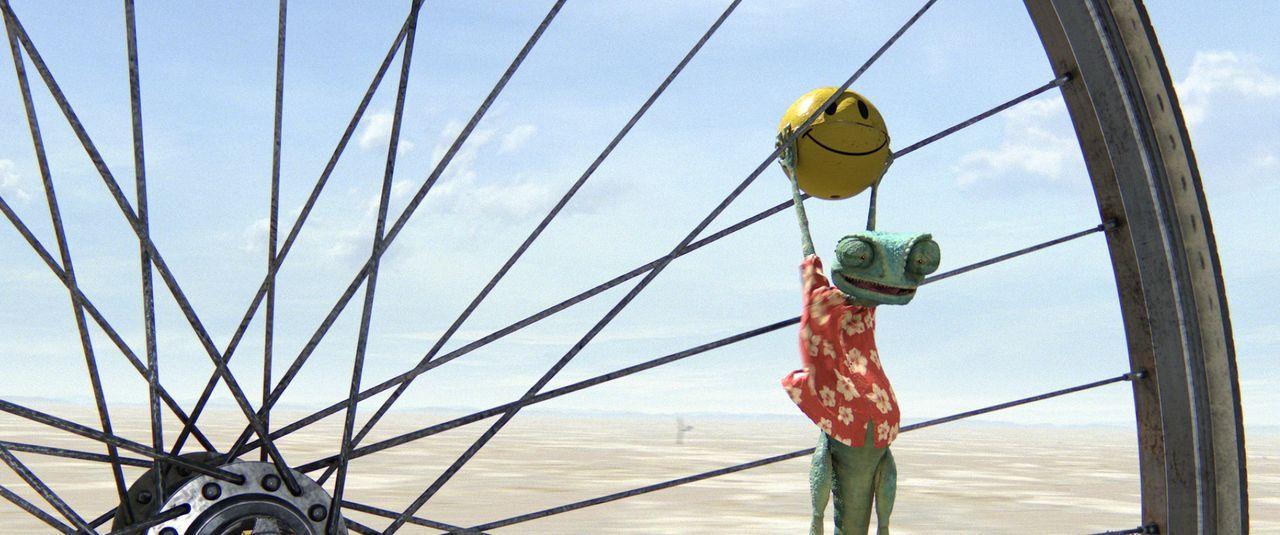 Chamäleon Rango hat sein winziges Terrarium satt, lieber möchte er Abenteuer erleben und schicke Frauen verführen. Dann plötzlich findet er sich in... - Bildquelle: Paramount Pictures. All rights reserved.