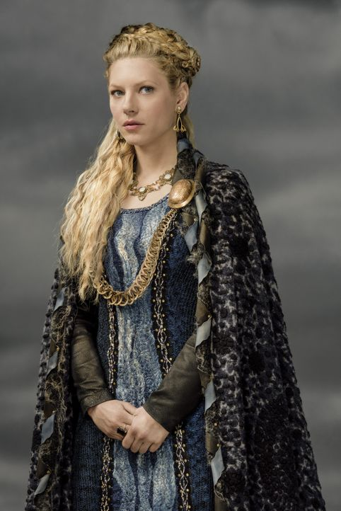 (3. Staffel) - Mit ihrem festen Willen ist sie auch als Kämpferin nicht zu unterschätzen: Lagertha (Katheryn Winnick) ... - Bildquelle: 2015 TM PRODUCTIONS LIMITED / T5 VIKINGS III PRODUCTIONS INC. ALL RIGHTS RESERVED.