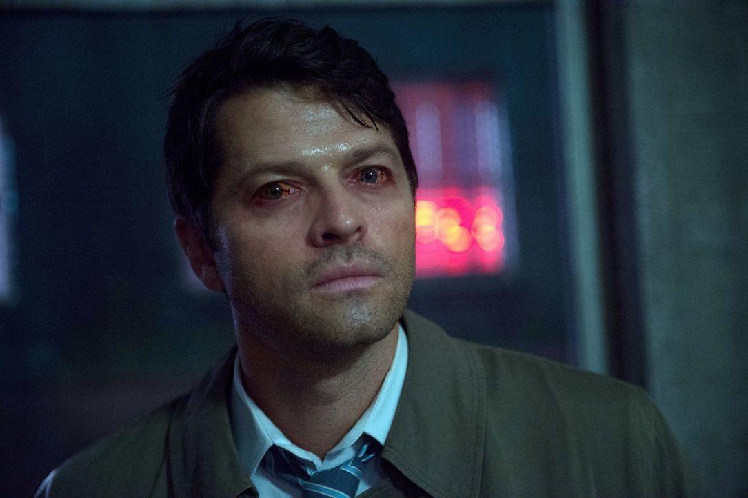 Während Castiel (Misha Collins) darauf hofft, dass ihm Sam und Dean helfen können, müssen die beiden Brüder nebenbei auch noch Amara ausfindig mache... - Bildquelle: 2014 Warner Brothers