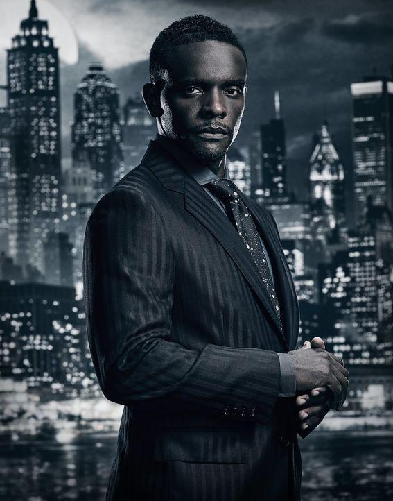(4. Staffel) - Beteiligt sich an dem Aufstieg eines neuen Helden für Gotham: Lucius (Chris Chalk) ... - Bildquelle: 2017 Warner Bros.