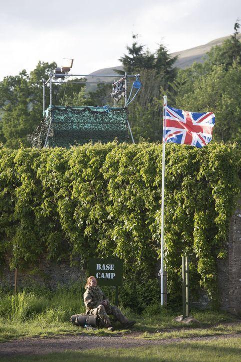 """Als """"Höhepunkt"""" erwartet die Teilnehmer des Bootcamps eine 48-stündige Trainingseinheit mit dem britischen Special Air Service. Davor müssen sie jed... - Bildquelle: Warren Orchard 2015 BBC"""