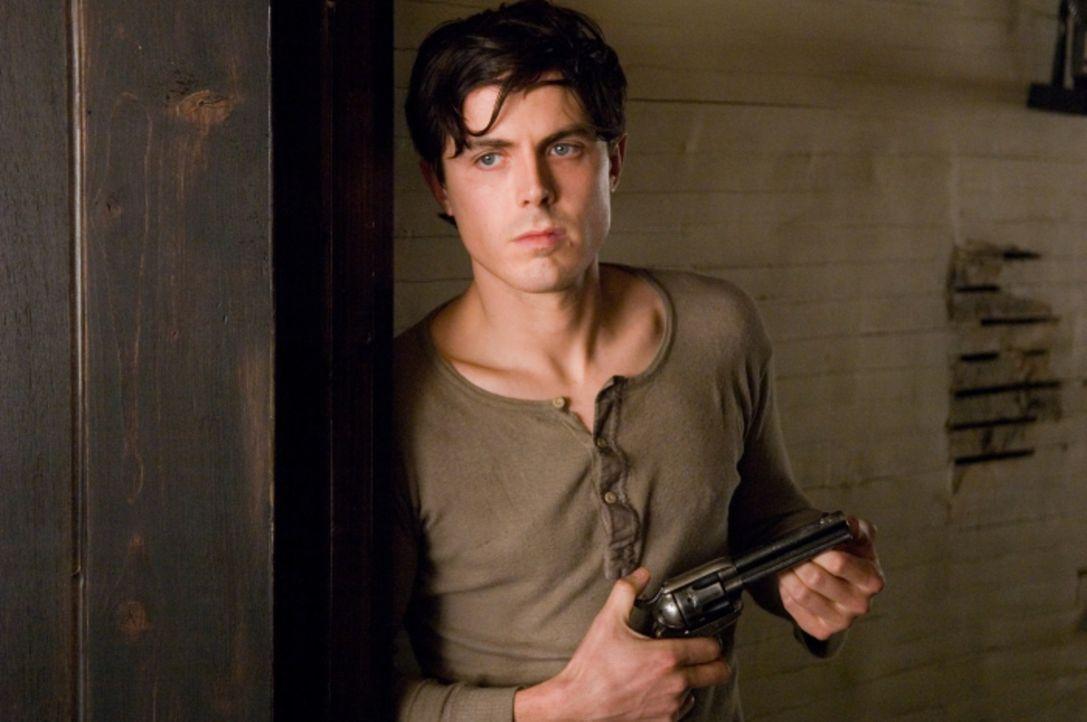 Robert Ford (Casey Affleck) bewundert den Banditen Jesse James über alles - er ist ein idealistischer und ehrgeiziger Junge, der sich nichts mehr wü... - Bildquelle: TM and   2007 Warner Bros. Entertainment Inc. All Rights Reserved.