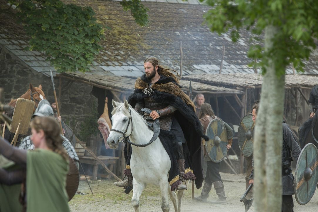 Wird er Siggy glücklich machen können? Rollo (Clive Standen) ... - Bildquelle: 2015 TM PRODUCTIONS LIMITED / T5 VIKINGS III PRODUCTIONS INC. ALL RIGHTS RESERVED.