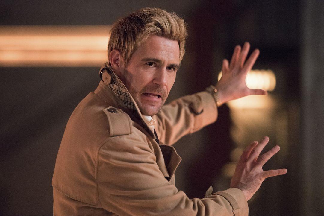 Constantine (Matt Ryan) - Bildquelle: Dean Buscher 2019 The CW Network, LLC. All rights reserved. / Dean Buscher