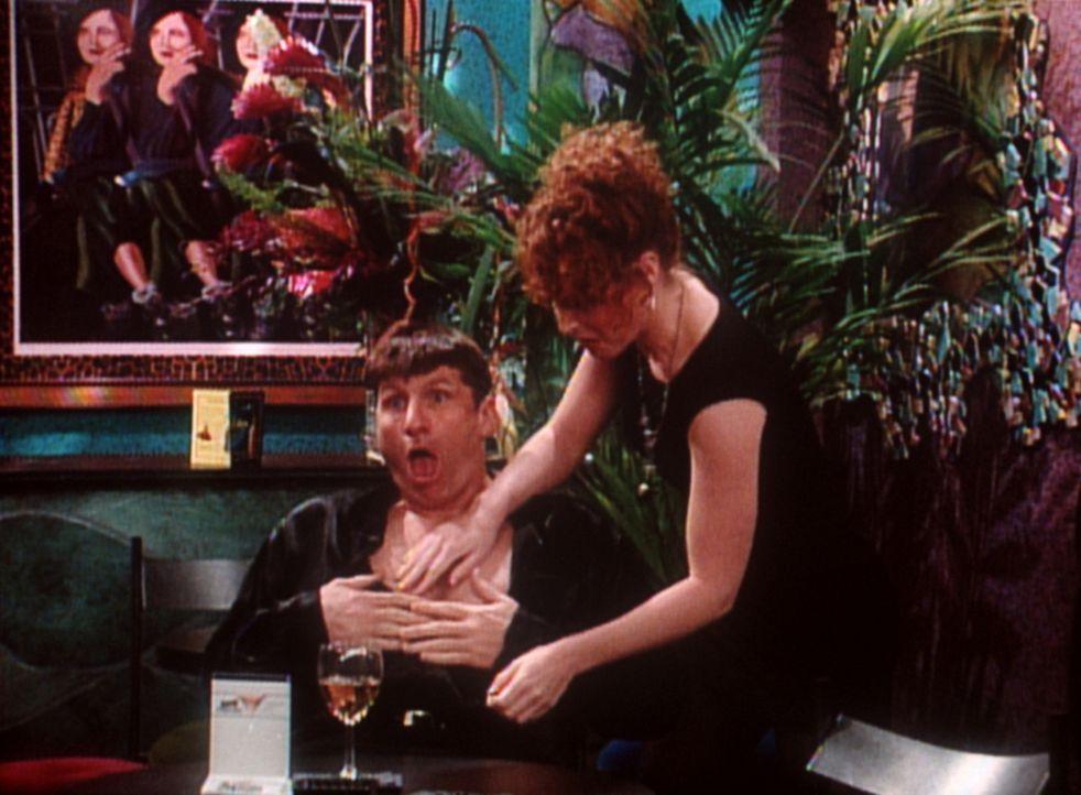 Wollen denn alle Frauen nur Sex von Al (Ed O'Neill, l.)? - Bildquelle: Sony Pictures Television International. All Rights Reserved.