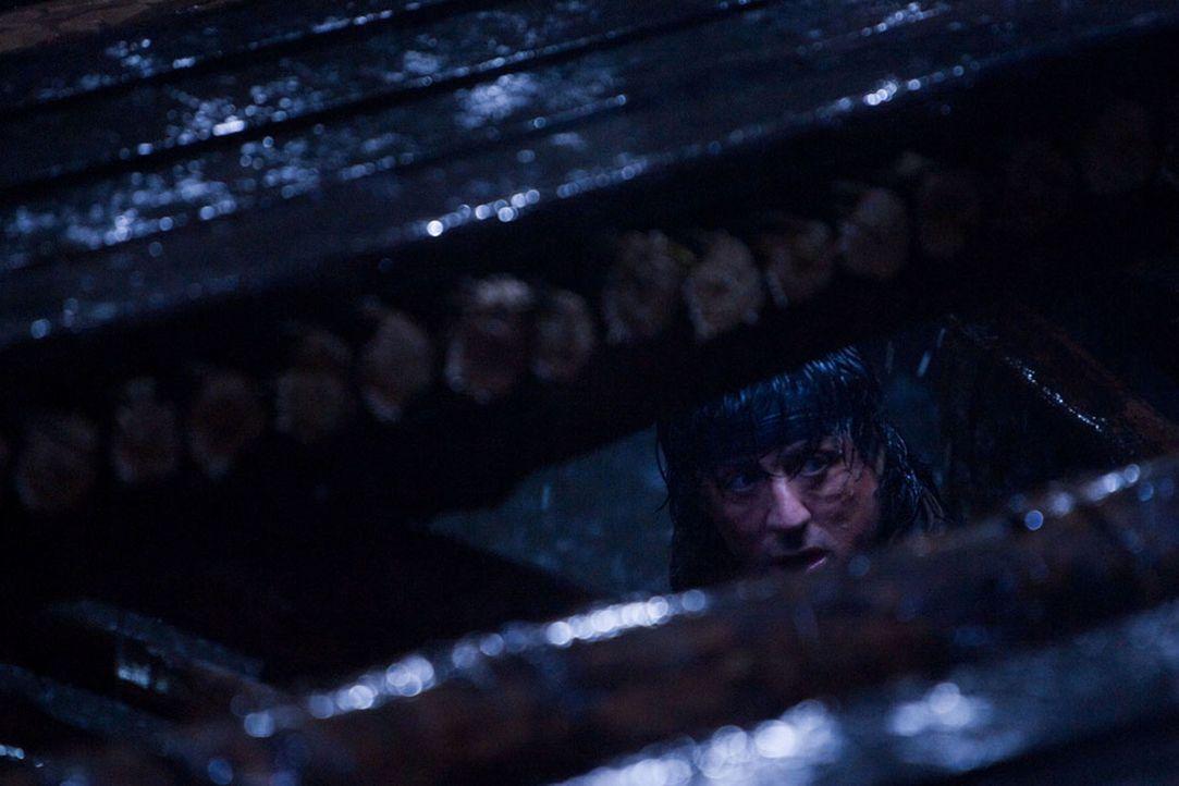 Muss die schwierigste und gefährlichste Aktion seines Lebens bestehen: Rambo (Sylvester Stallone) ... - Bildquelle: Karen Ballard Nu Image Films