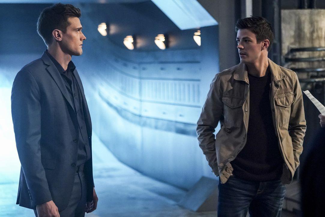 Ralph (Hartley Sawyer, l.); Barry (Grant Gustin, r.) - Bildquelle: Shane Harvey 2018 The CW Network, LLC. All rights reserved.