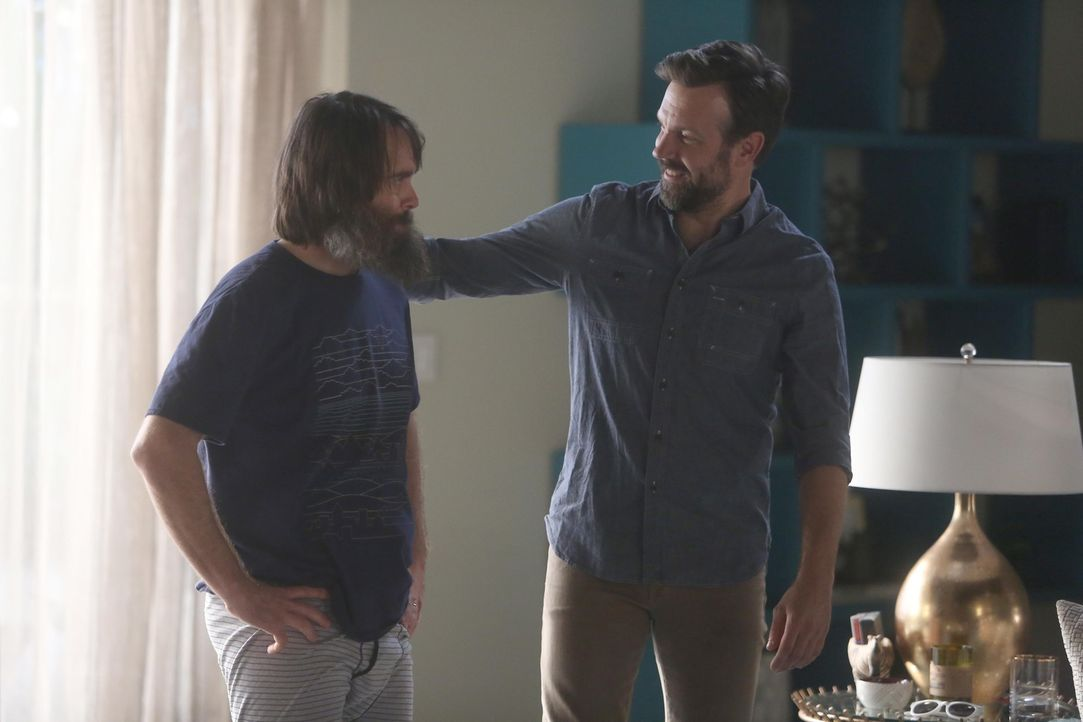 Das Verhältnis zwischen Tandy (Will Forte, l.) und seinem charmanten und anscheinend perfekten Bruder Mike (Jason Sudeikis, r.) ist mehr als angespa... - Bildquelle: 2015-2016 Fox and its related entities.  All rights reserved.