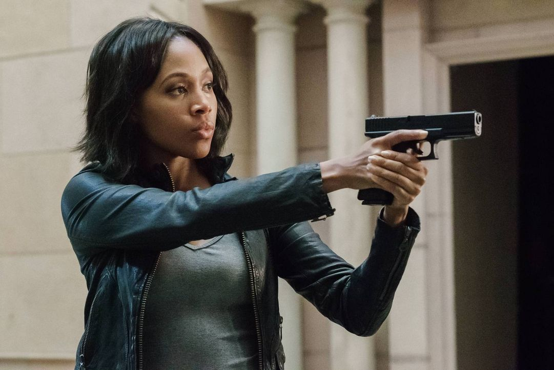 Abbie (Nicole Beharie) bekommt ein spezielles Jobangebot und muss ihrem Chef plötzlich Rede und Antwort stehen ... - Bildquelle: 2015-2016 Fox and its related entities.  All rights reserved.