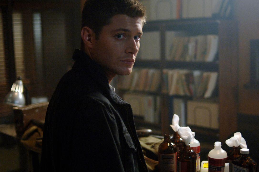 Dean (Jensen Ackles) hat keine Zeit mehr zu verlieren, denn hinter dem Virus steckt ein gemeiner Dämon ... - Bildquelle: Warner Bros. Television