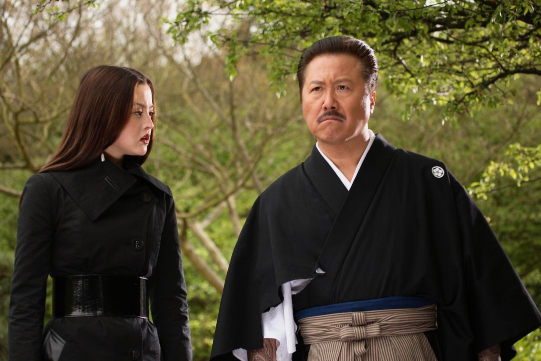 Im Visier eines eiskalten Rächers: der Boss der japanischen Yakuza, Shiro Yanagawa (Ryo Ishibashi, r.), und seine Tochter Kira (Devon Aoki, l.) ... - Bildquelle: Constantin Film