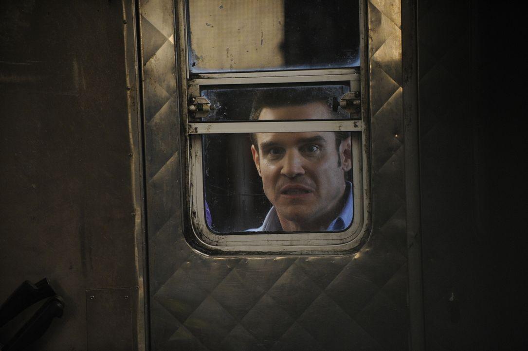 Pete Lattimer (Eddie McClintock) - Bildquelle: Steve Wilkie Steve Wilkie/Syfy