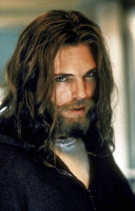 Ein Verdächtiger, der angeblich Skinner vergiftet haben könnte. - Bildquelle: TM +   2000 Twentieth Century Fox Film Corporation. All Rights Reserved.